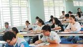 Thí sinh tham dự đợt 1 kỳ thi đánh giá năng lực do Đại học Quốc gia TPHCM. Ảnh: hcmcpv