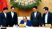 Thủ tướng Chính phủ Nguyễn Xuân Phúc ký Quyết định Phê duyệt quy hoạch phát triển và quản lý báo chí toàn quốc đến năm 2025. Ảnh: VTV