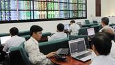 VN-Index tăng gần 9 điểm