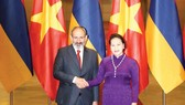 Chủ tịch Quốc hội Nguyễn Thị Kim Ngân và Thủ tướng Cộng hòa Armenia Nikol Pashinyan. Ảnh TTXVN