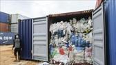 Indonesia trả lại rác nhựa nhập khẩu