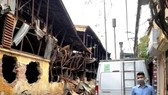 Xe quan trắc môi trường, đo nồng độ khí của Sở TN- MT Hà Nội đã được đưa tới sau vụ hỏa hoạn