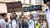 Anger as Trump ends amnesty for 800,000 young immigrants