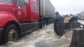 Prolonged rains isolate many streets in Khanh Hoa Province