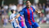 Mboula, tài năng lớn nhất của La Masia hiện nay đang trên đường rời Barca