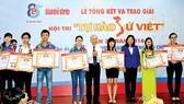 Các thí sinh đoạt giải Hội thi Tự hào sử Việt năm 2016