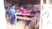 Phòng học tạm bợ của Trường Phổ thông dân tộc bán trú Tiểu học Tê Xăng
