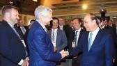 Thủ tướng Nguyễn Xuân Phúc và các đại biểu tham dự Diễn đàn doanh nghiệp Việt Nam - Australia