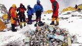 Chiến dịch dọn 100 tấn rác trên đỉnh Everest