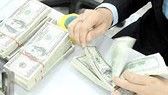 Tỷ giá USD/VND tăng vọt sát giá trần
