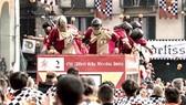 Lễ hội ném cam ở Italy