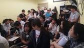 Buổi hội thảo thu hút đông đảo phụ huynh, đại diện các tổ chức công tác xã hội, lớp kỹ năng sống và các bạn trẻ tham dự