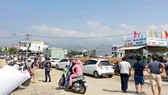 Ki-ốt giao dịch bất động sản mọc lên khắp nơi ở Quảng Nam và TP Đà Nẵng. Ảnh: NGỌC PHÚC
