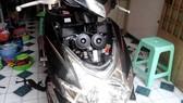 Độ còi và đèn xe máy gây mất an toàn giao thông