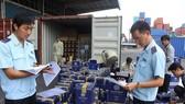 Vụ gỡ vướng lô máy kéo nhập khẩu: Doanh nghiệp đã được hoàn thuế