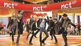 Nhóm nhạc NCT 127 biểu diễn ở Mỹ