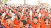 Tính đến nay, Quỹ sữa Vươn cao Việt Nam đã trao tặng hơn 35 triệu ly sữa với tổng giá trị tương đương gần 150 tỷ đồng cho 440 ngàn trẻ em khó khăn trên khắp Việt Nam