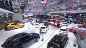 Xe mới chục tỷ đồng áp đảo thị trường ô tô Việt Nam cuối năm