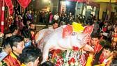 Lễ hội rước ông lợn ở La Phù