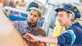 Đức giải bài toán thiếu hụt lao động
