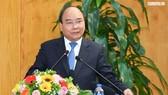 Thủ tướng: Bộ KH-ĐT mạnh dạn đề xuất gỡ bỏ những quy định ràng buộc dẫn tới xin-cho, lợi ích nhóm
