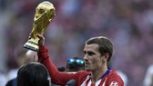 Griezmann khoác áo Atletico Madrid, trinh làng chiếc World Cup 2018