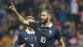 Karim Benzema đã hết đường trở lại tuyển Pháp.
