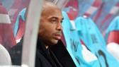 Trận thua đáng lo của Thierry Henry