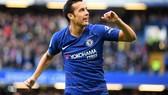 Pedro tỏa sáng trong trận derby