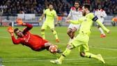 Nhận định Barcelona - Lyon (lượt đi 0-0): Pháo hoa trên sân Camp Nou (Mới cập nhật)