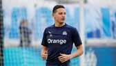 Marseille bán 4 ngôi sao vì UEFA