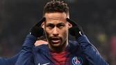 Neymar có lẽ sẽ phải chơi cho Paris thêm 1 mùa nữa