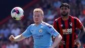 Bournemouth - Man City 1-3  Aguero ghi cú đúp, The Citizens chiếm ngôi nhì bảng