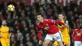 Zlkatan Ibrahimovic sẵn sàng trở lại Man United.