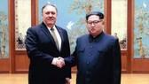Ngoại trưởng Mỹ Mike Pompeo trong một cuộc gặp với nhà lãnh đạo Kim Jong-un tại Triều Tiên. Ảnh: Fox News