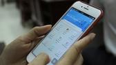 """Người dân truy cập vào ứng dụng """"Bình Tân công dân số"""" để tra cứu thông tin quy hoạch"""
