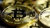 Đồng tiền điện tử bitcoin. Ảnh: REUTERS