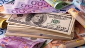 Đồng đôla Australia chạm đáy 10 năm so với đồng USD