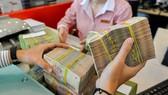 Kiểm soát chặt tín dụng vào các lĩnh vực rủi ro