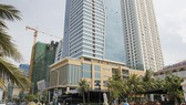 Tổ hợp khách sạn và căn hộ cao cấp Mường Thanh ven biển Đà Nẵng.