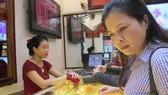 Thị trường vàng dậy sóng do chiến tranh thương mại Mỹ Trung
