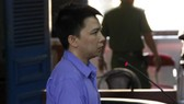 Hung hăng đâm chết người, Hồ Thanh Hùng bị tăng án