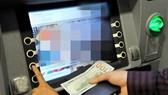 Chiếm giữ hơn 5,7 tỷ đồng tiền chuyển nhầm vào tài khoản
