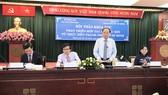 Đồng chí Tất Thành Cang, Ủy viên Trung ương Đảng, Phó Bí thư Thường trực Thành ủy TPHCM phát biểu tại hội thảo. Ảnh: KIỀU PHONG