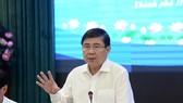 Chủ tịch UBND TPHCM Nguyễn Thành Phong phát biểu chỉ đạo tại hội nghị