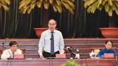 Đồng chí Nguyễn Thiện Nhân phát biểu bế mạc Hội nghị Thành ủy TPHCM lần thứ 30. Ảnh: VIỆT DŨNG