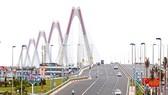 Cầu Nhật Tân, một trong những dự án xây dựng bằng nguồn vốn ODA Nhật Bản