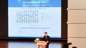 PGS.TS Tô Trung Thành trình bày báo cáo nghiên cứu tại hội thảo