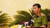 Giám đốc Cảnh sát PCCC Hà Nội Hoàng Quốc Định trả lời chất vấn