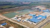 Nhà máy Nước mặt Sông Đuống - dự án cung cấp nước sạch có quy mô lớn nhất miền Bắc tại Hà Nội, có vốn đầu tư của Đức (đã khánh thành giai đoạn I và đang triển khai giai đoạn II).